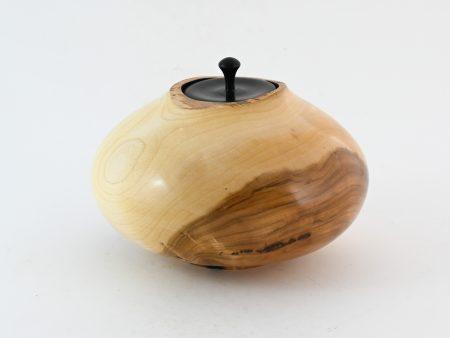 """Houten urn """"Eye Apple"""""""